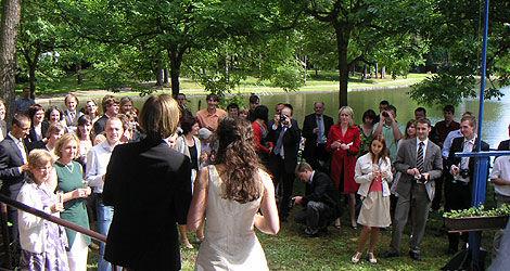 Beispiel: Hochzeitsgesellschaft, Foto: Waldbadgaststätte Weixdorf.