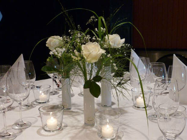 Beispiel: Blumen für das Bankett, Foto: HILS-KOOP Gartenbaumschule & Floristik.