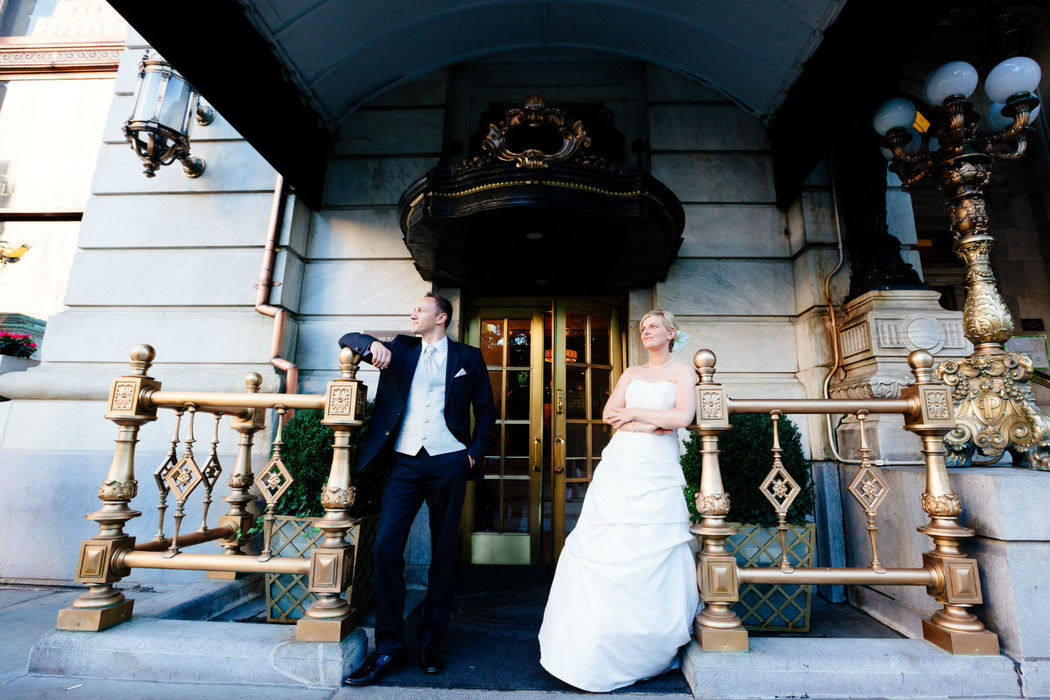 Beispiel: Portrait des Brautpaares, Foto:  International Wedding.