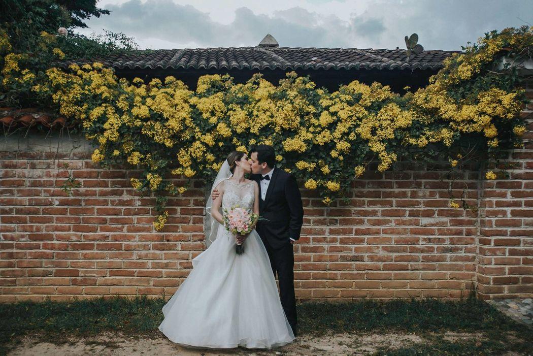 Misteró Weddings and Lifestyle