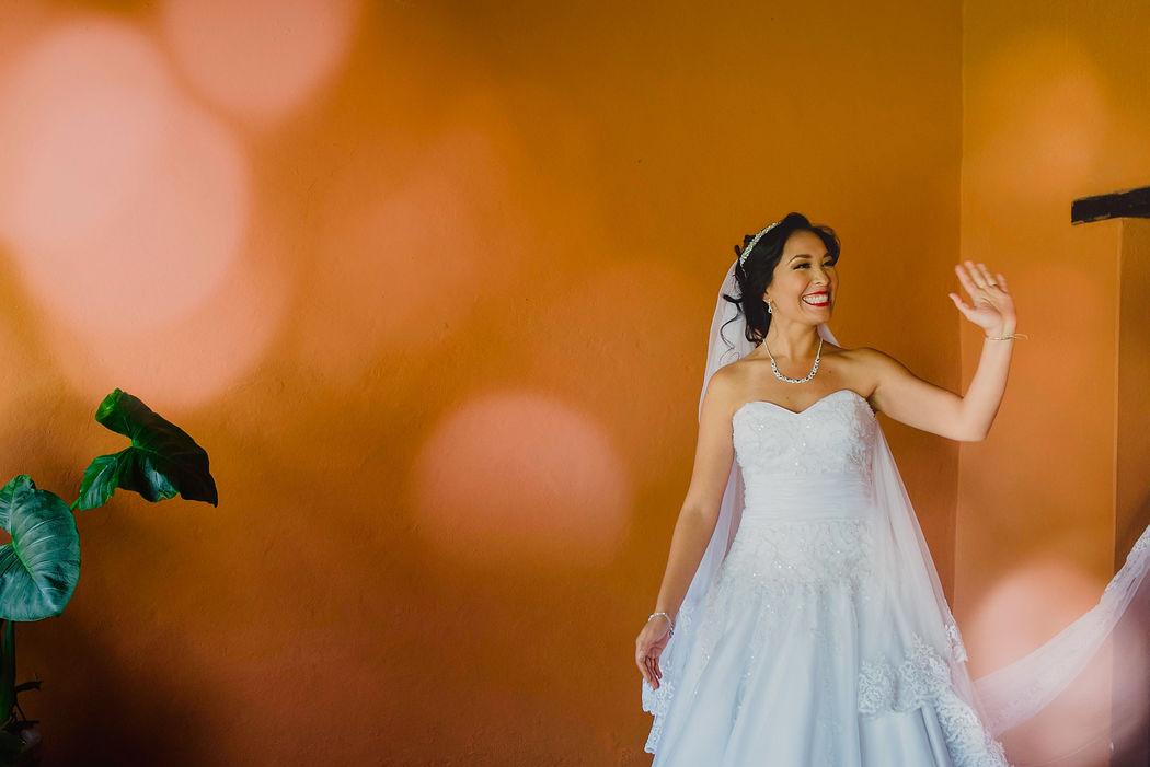 Happy Bride / Destination Wedding