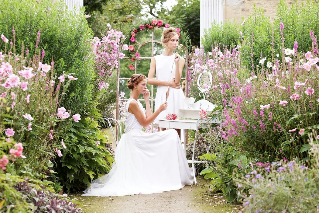 French Antique Wedding - Ladies