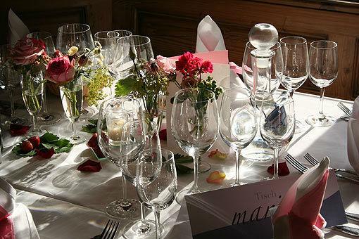 Beispiel: Tischdekoration, Foto: Hoch-zeiten.at.