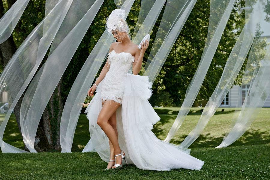 Beispiel: Atemberaubende Brautmode, Foto: Mery's Couture Aarau.