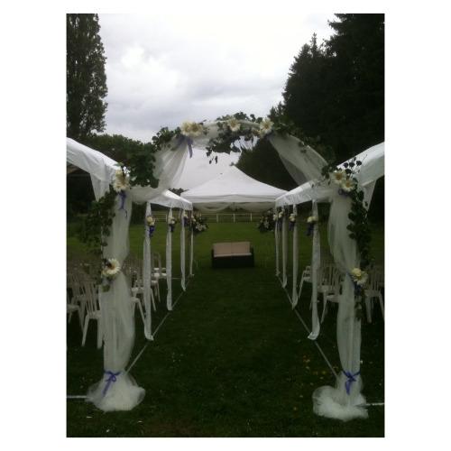 Décoration florale cérémonie de mariage - Magie de l'Ephémère