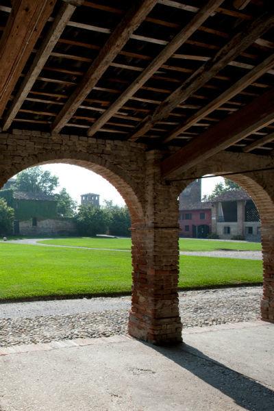 Porticato - Castello di Paderna