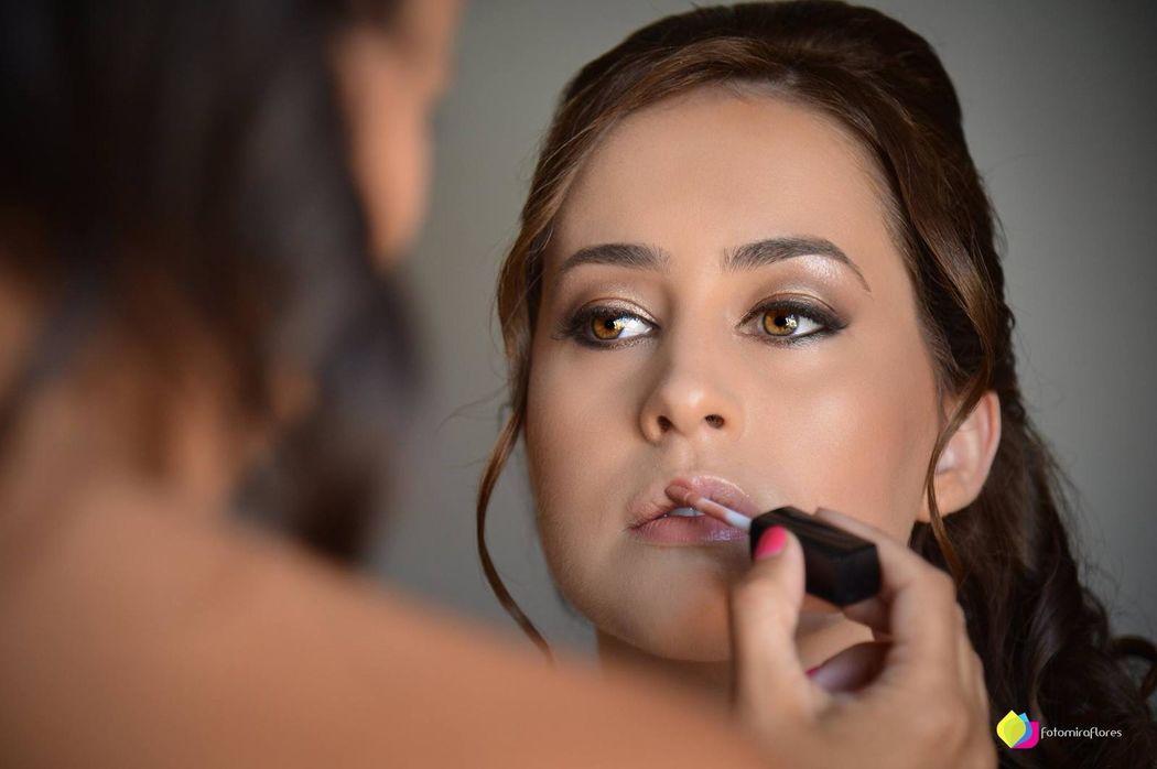 Ana Peralta MakeUp