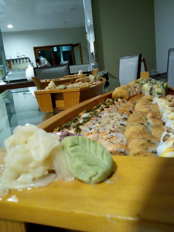 Somosushi Delivery & Catering