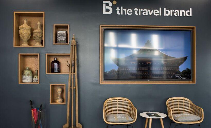 B the travel brand Premium Lisboa