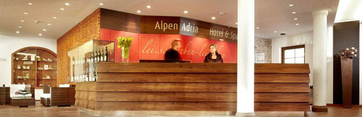 Beispiel: Rezeption, Foto: Alpen Adria.