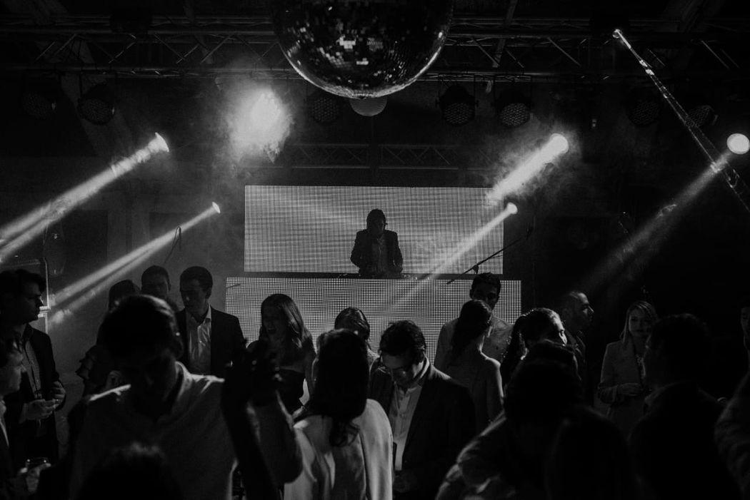 DJ Andres Reyes