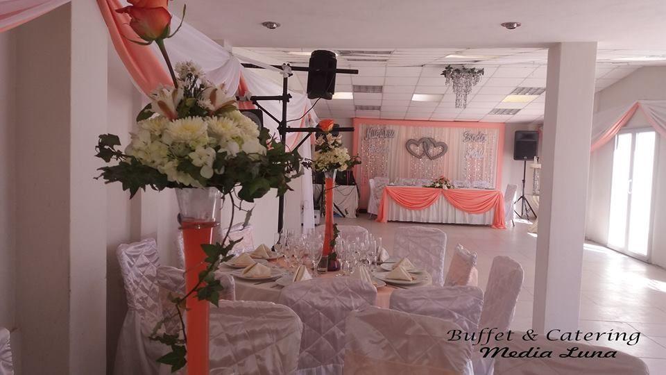 Buffet & Catering - Media Luna