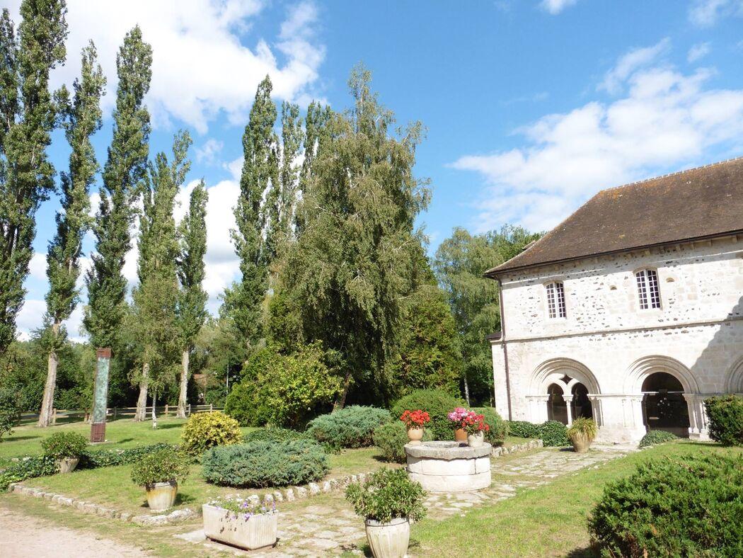 Abbaye de Saint Gilbert de Neuffont