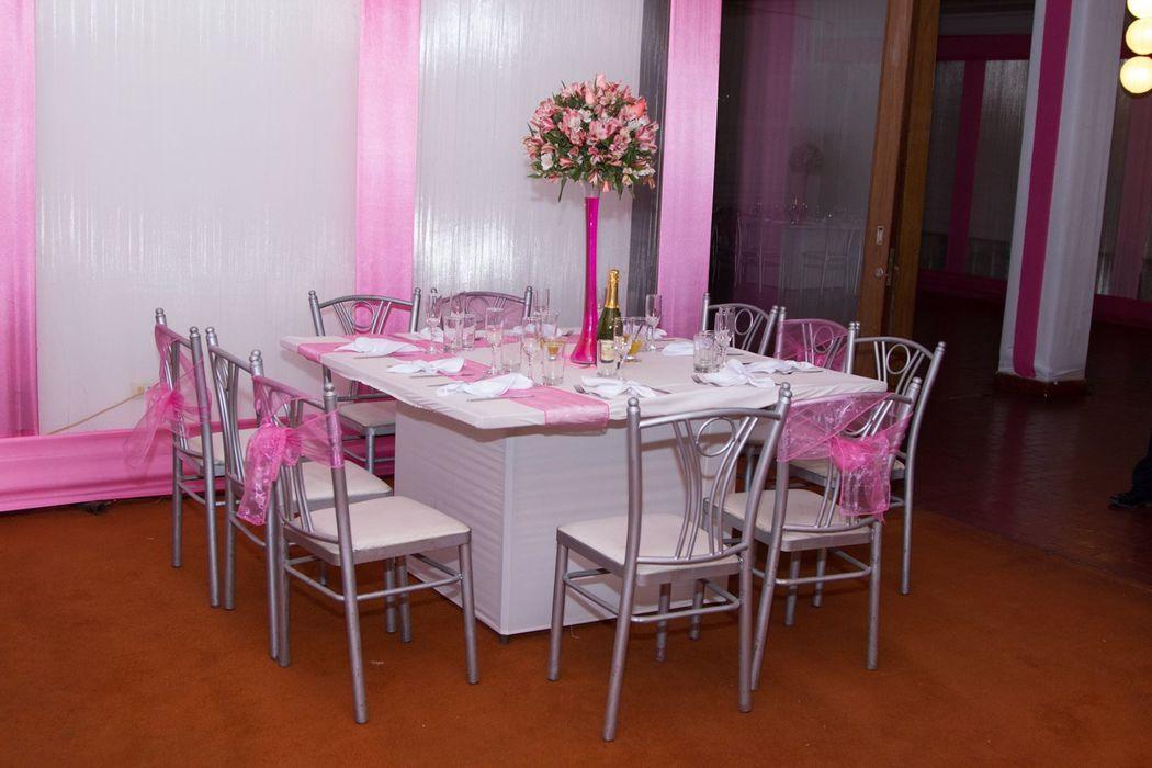 Encuentro Restaurant & Bar