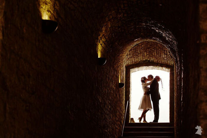 Beispiel: Künstlerische Hochzeitsfotos, Foto: Alexander Hahn Emotional Photography.