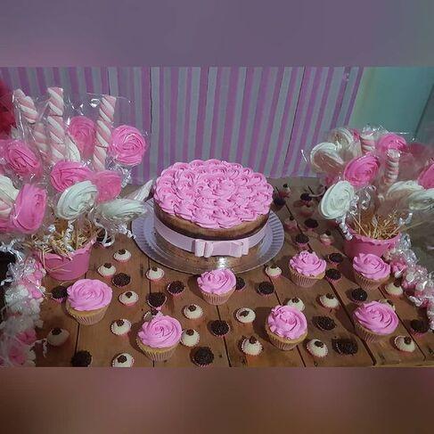 Malu Cakes - Cakes e Cupcakes