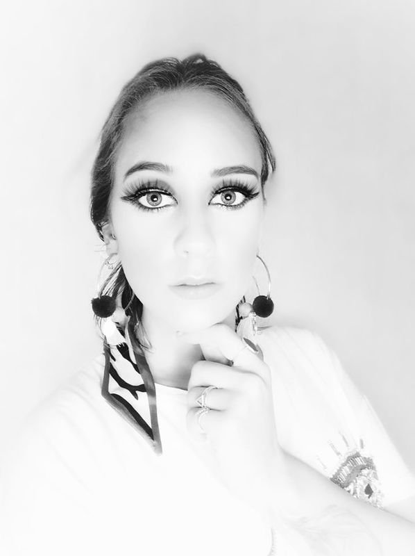 Joana Carneiro Make Up Artist