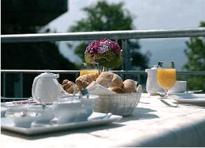 Beispiel: Frühstück überm Tal, Foto: Burg Staufeneck.