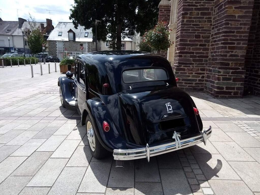 YV Automobile