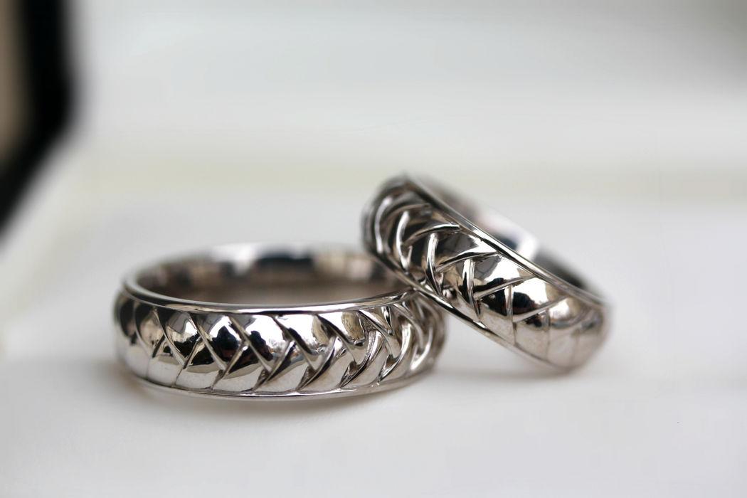 Обручальные кольца MELOTTO