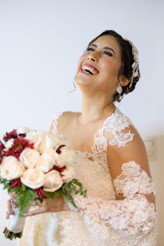 Paola Guerrero - Make Up