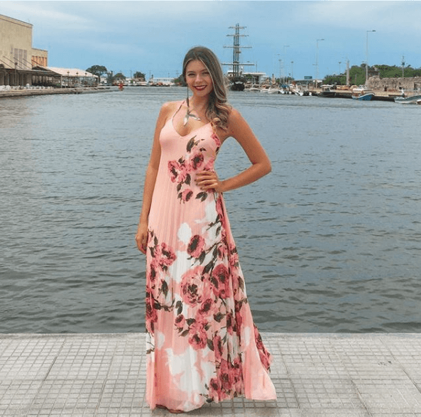Alquiler de Vestidos - Nueces de Castaño