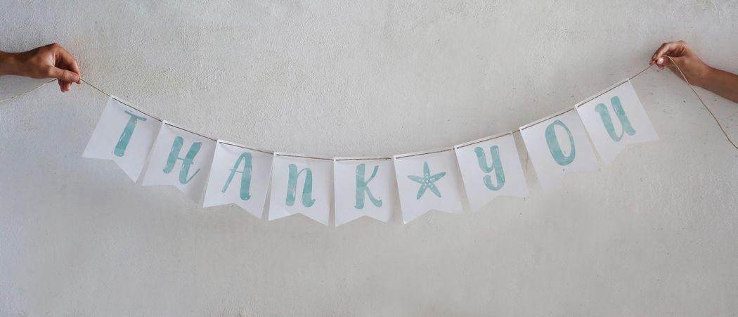 Banner per ringraziare gli invitati in un modo originale
