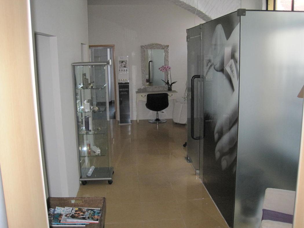 Estética & Companhia Unip. Lda