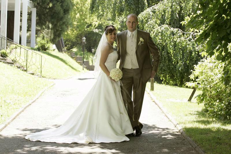 Beispiel: Brautpaar, Foto: Schlosshotel Friedewald.