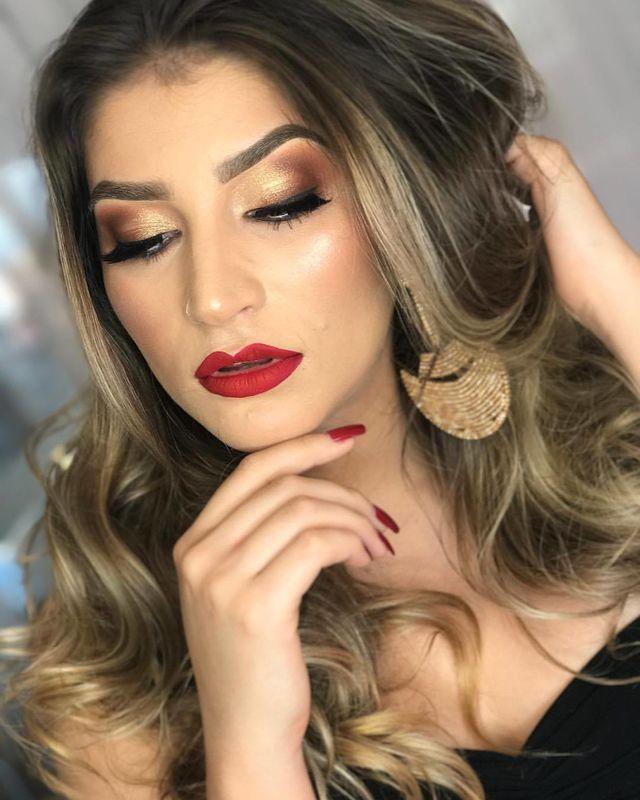 Vanessa Oliveira Makeup