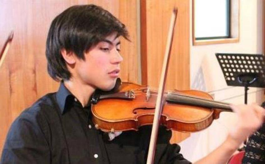 Felipe Muñoz - Violín