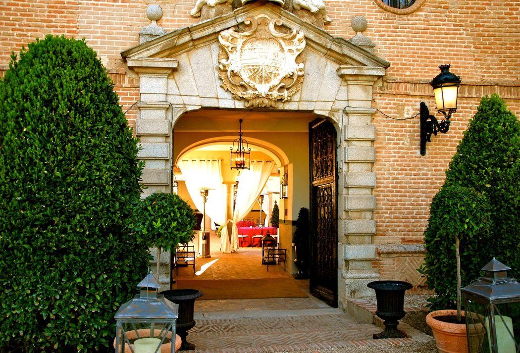 Entrada  Palacio de Aldovea