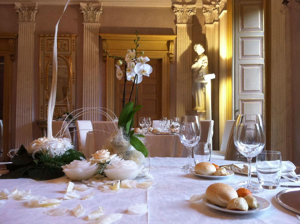tavolo degli sposi sala imperiale con orchidee