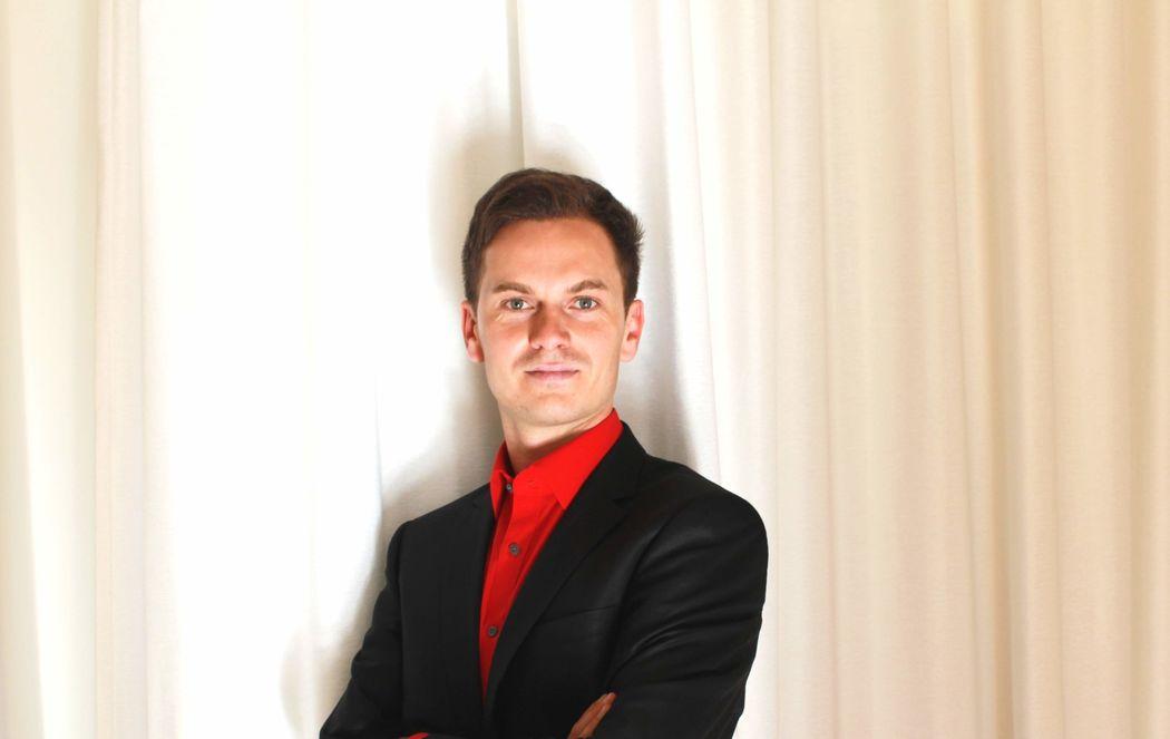 Roman Nagel - Wedding Pianist