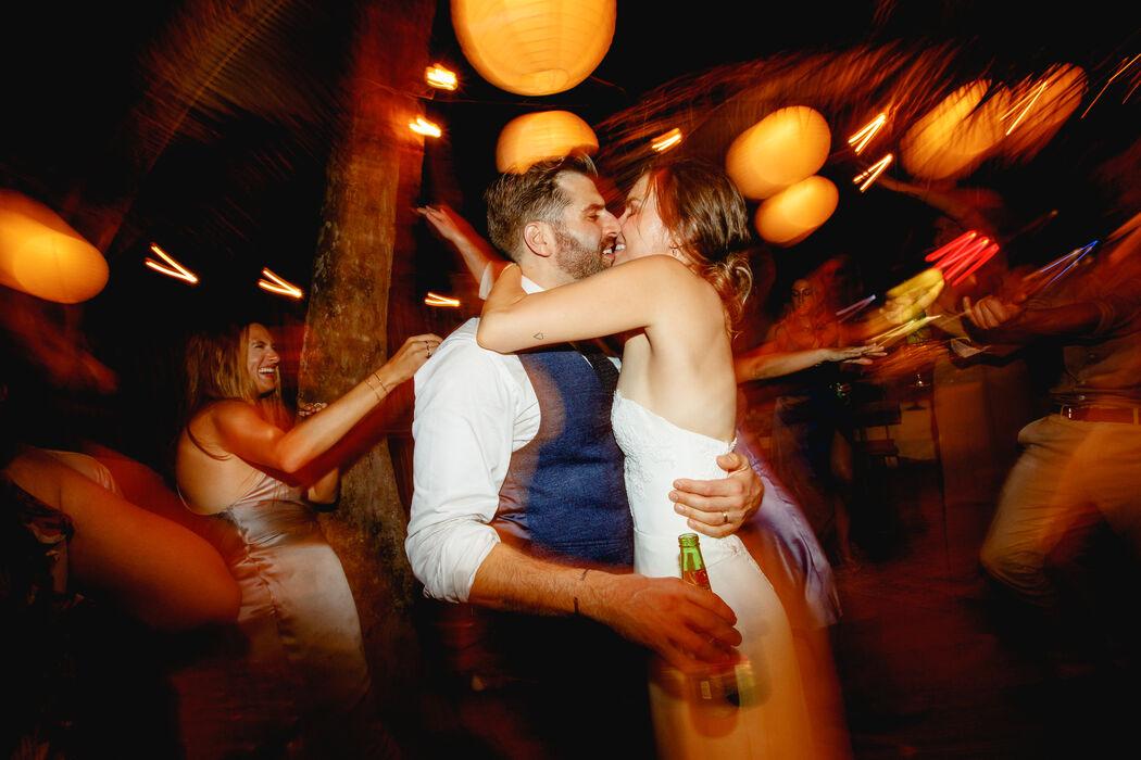 Take it Photo Weddings