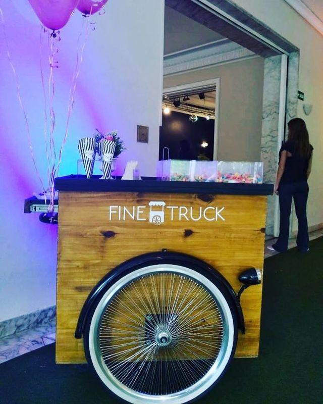 Fine Truck