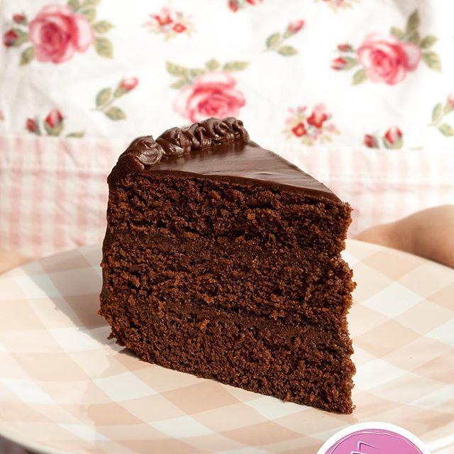 Petite Lauri Cakes