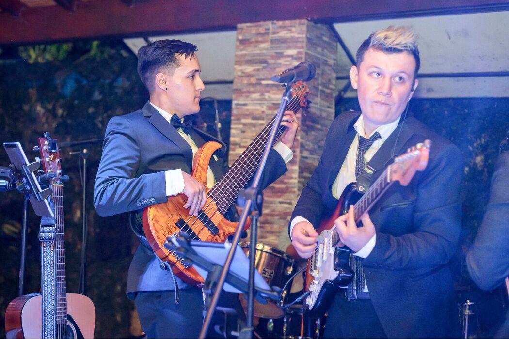 La Linea Grupo Musical