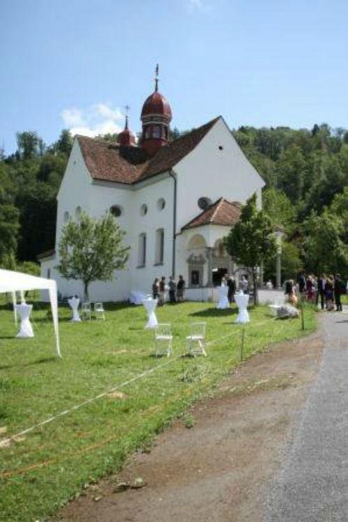 Beispiel: Gästeempfang im Grünen, Foto: Art of Wedding.