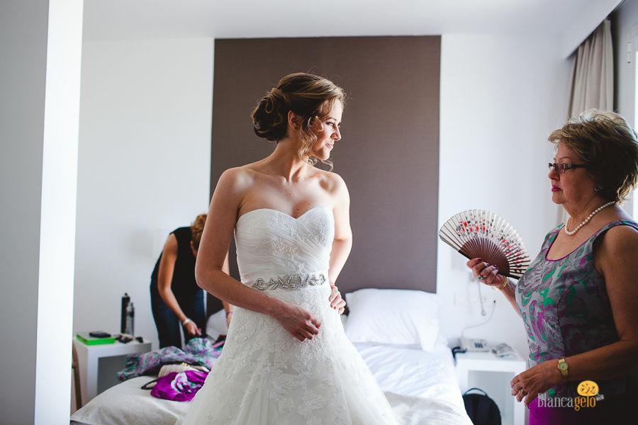 Preparativos de la novia.