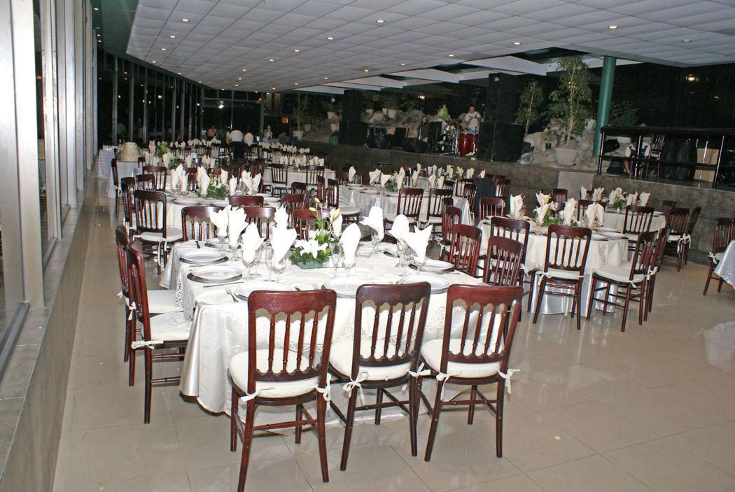 Banquetes Elizalde. Banquetes. Tlalnepantla,Edo. de México.