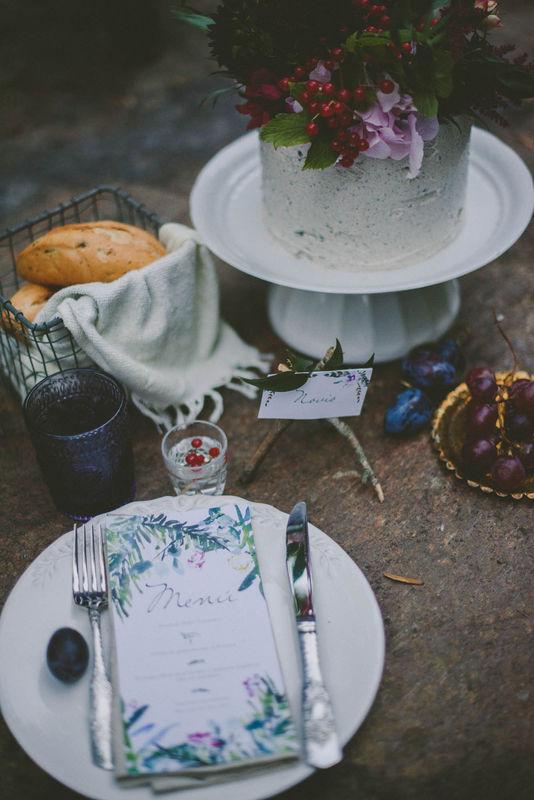 Mesa y tarta