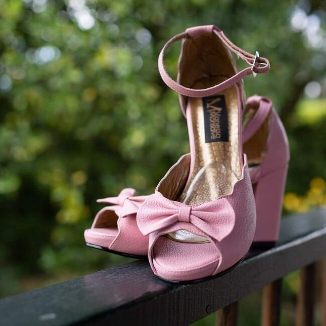 Vanessa Monsalve Wedding & Vintage Shoes