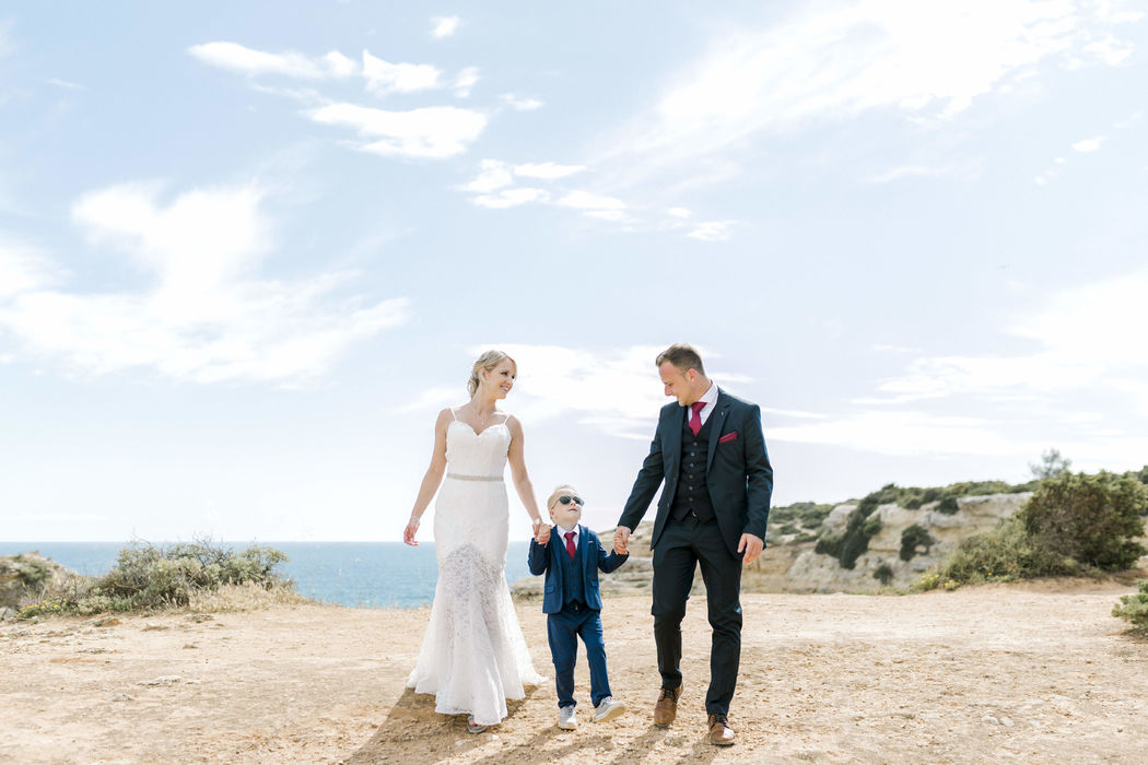 Side by Side - Wedding Photography