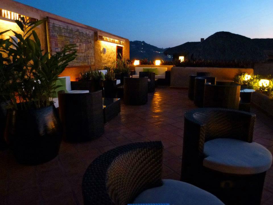 Hotel La Casa Que Canta en Zihuatanejo