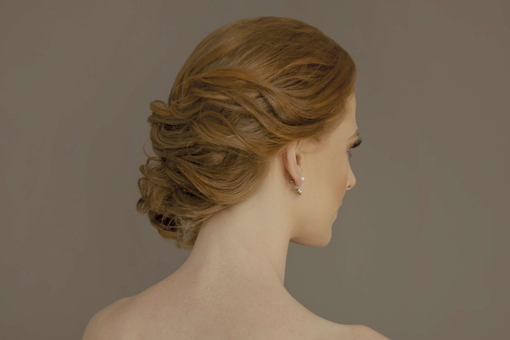 Ofelia Acordagoytia Makeup & Hairstyle