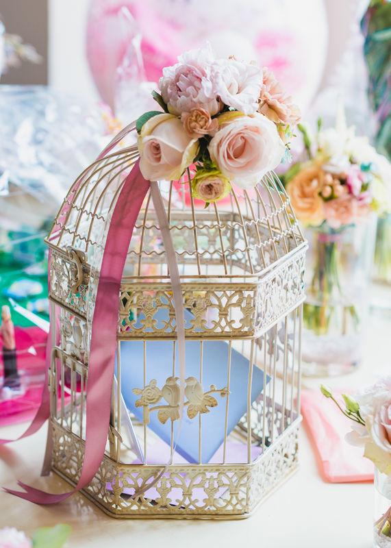 Vogelkäfig für den Geschenketisch Foto: Seel Hochzeitsfotografie
