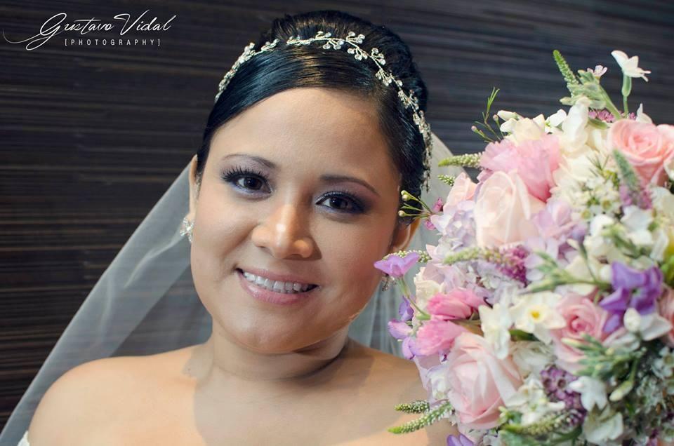 Zinthia Campana Make Up