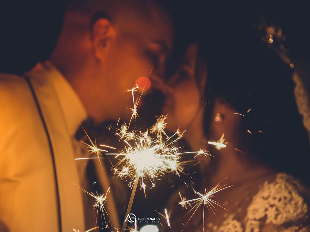 fotos bodas en medellin noche