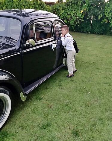 Bride on the beetle